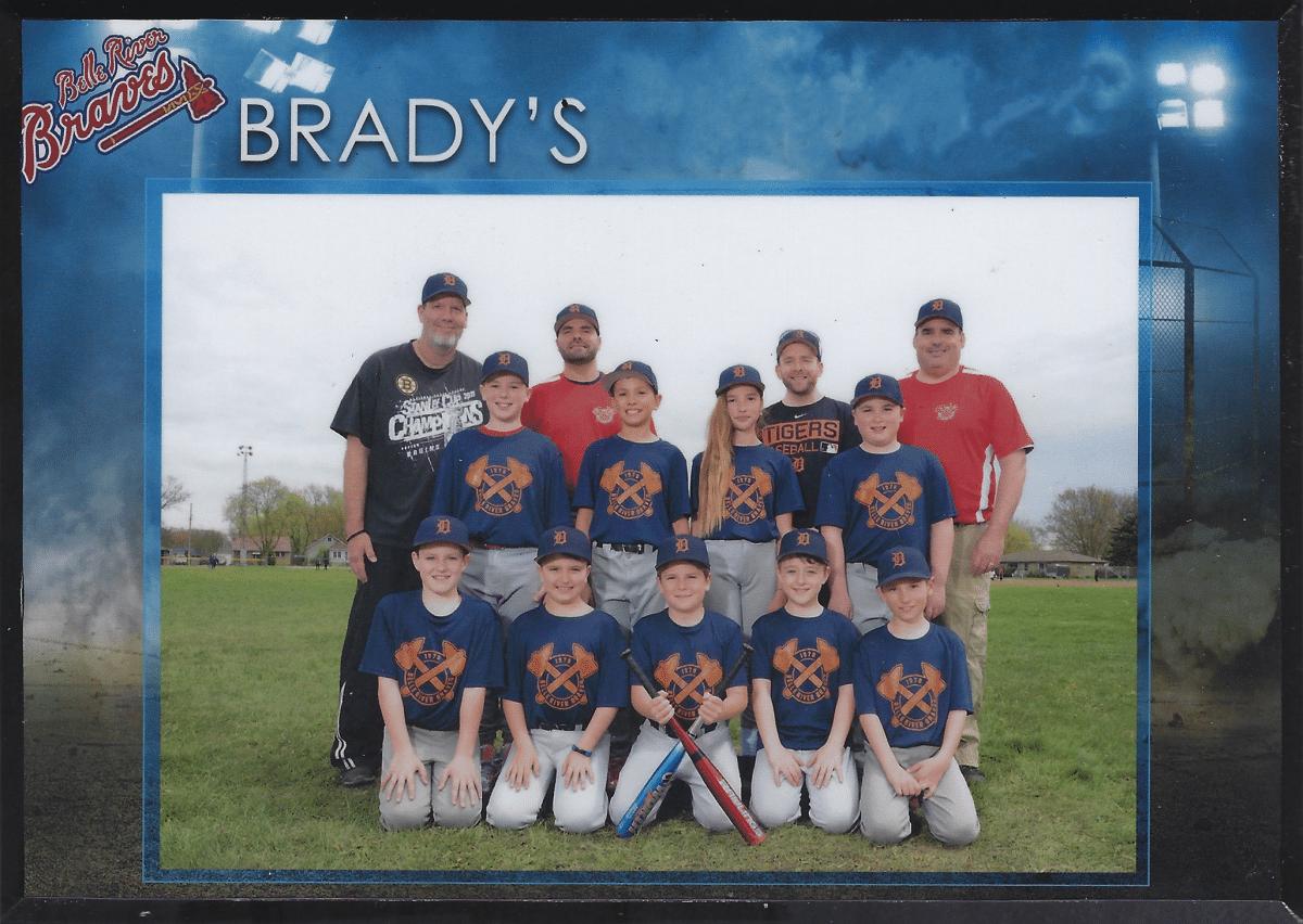Brady's Sponsors Junior Baseball in Belle River Ontario